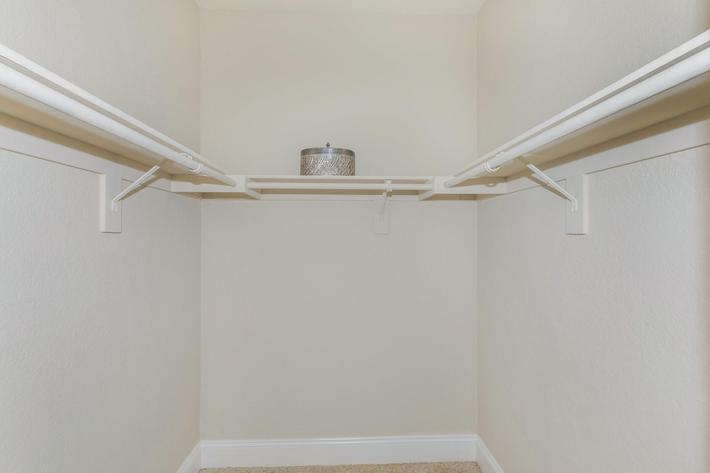 Large walk-in closets in Woodland Hills, California