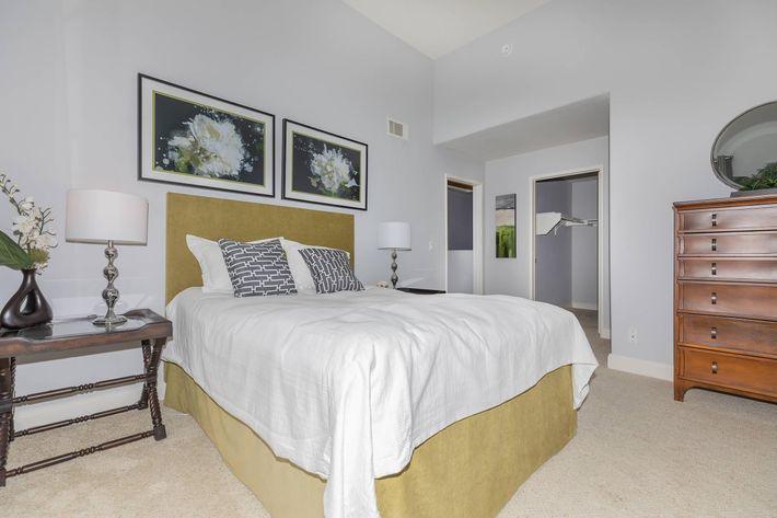 Charming floor plans in Woodland Hills, California