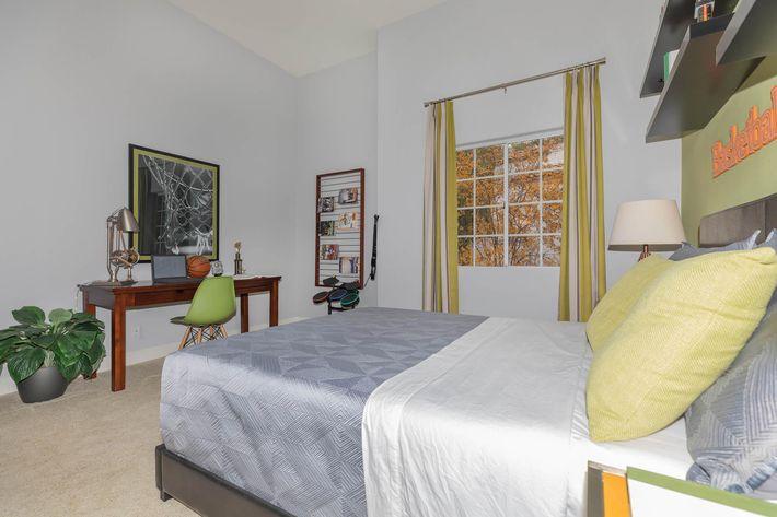 Spacious bedrooms in Woodland Hills, CA