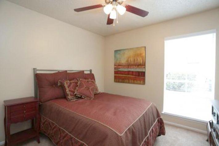 bedroom-440x292.jpg