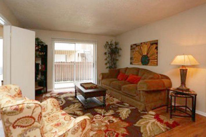 livingroom-440x292.jpg