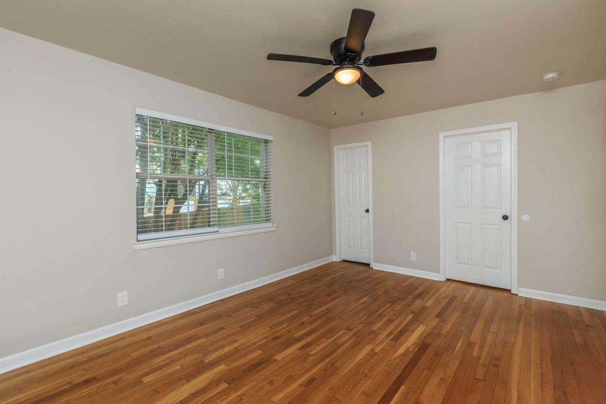 LARGE BEDROOMS AT THE PARK AT PEACHTREE HILLS
