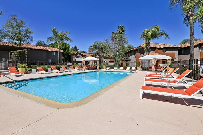 Poolside Cabanas at The Vue Apartment Homes