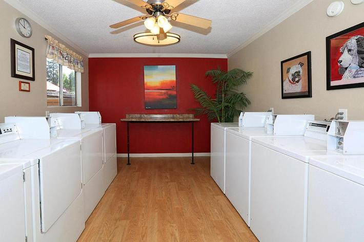 Prescott Pointe features an on-site laundry