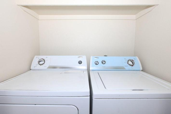 Washers available in select homes at Prescott Pointe