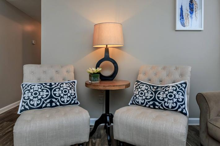 Eagle Crest at Durrett has Modern Apartments