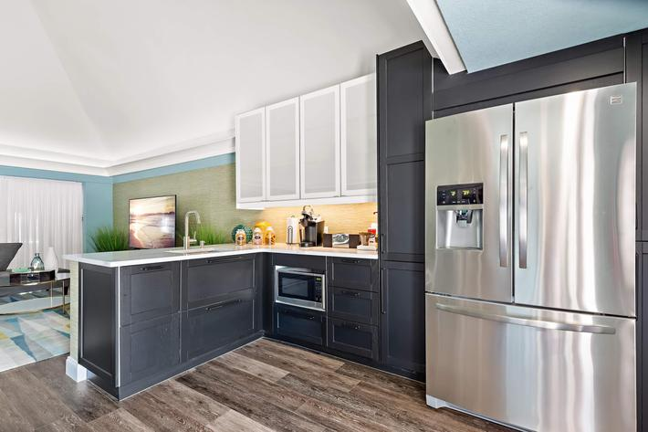 Make Yourself at Home In Our Stylish Clubhouse At The Oasis At Bayside in Largo Fl