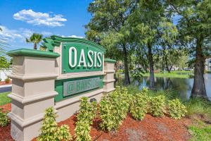 Welcome Home to the Oasis at Bayside in Largo, Florida