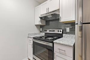 Enjoy An All-Electric Kitchen At The Oasis at Bayside in Largo Florida