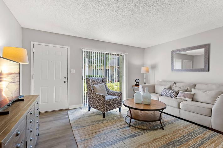 Spacious living Room At The Oasis at Bayside In Largo Flordia