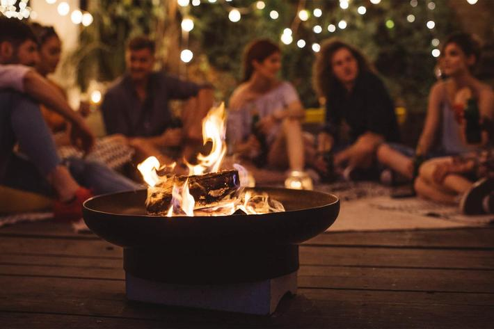 Amenities - Friends - Firepit.jpg