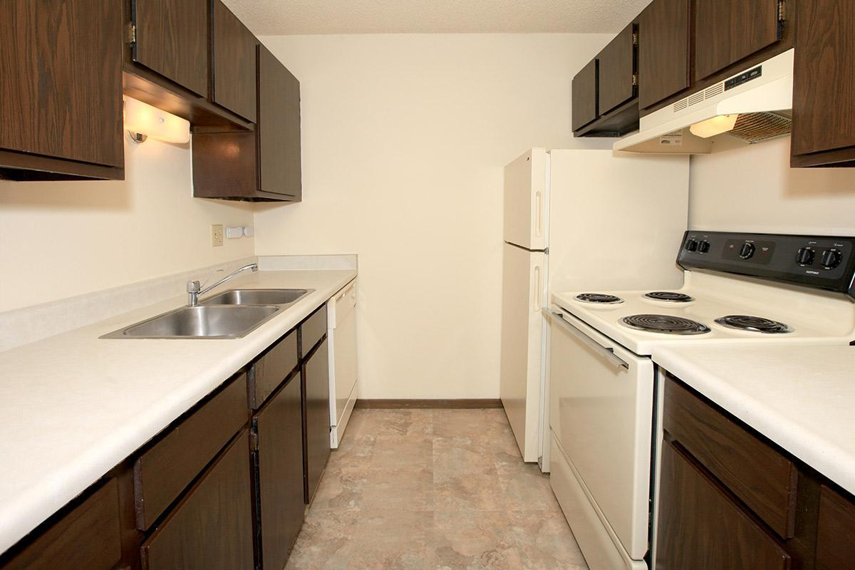 Candlewood Apartment Homes Photo Gallery