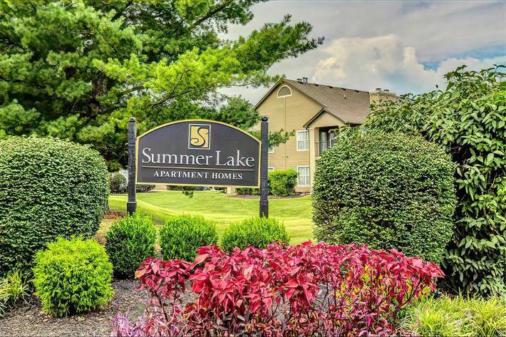 summerlake-murfreesboro-tn-primary-photo(1)-width-2400px.jpg