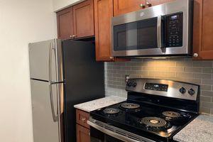 271-kitchen.jpg