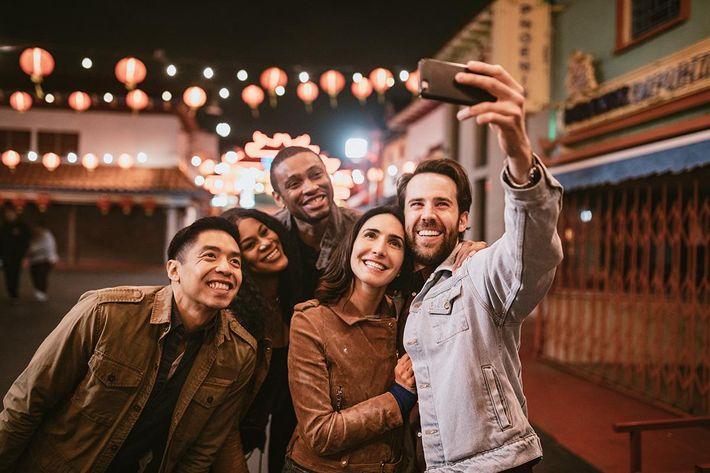 Selfie People .jpg