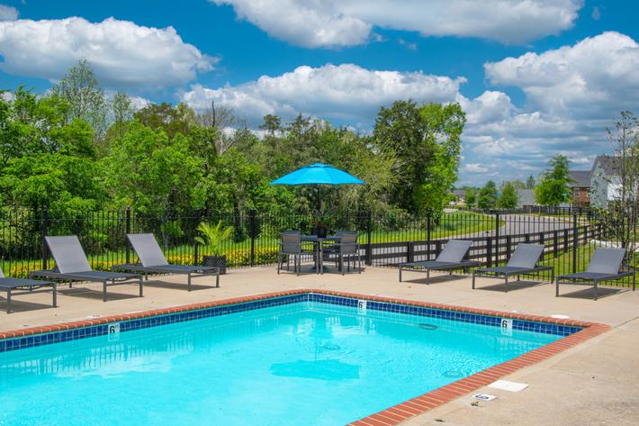 refreshing pool at Chapmans retreat in Spring Hill, Tennessee
