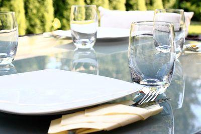 Garden party table.jpg
