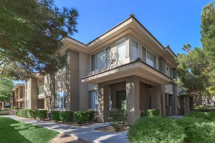 DESIGNED FOR YOU AT ST. CLAIR APARTMENTS IN LAS VEGAS, NEVADA