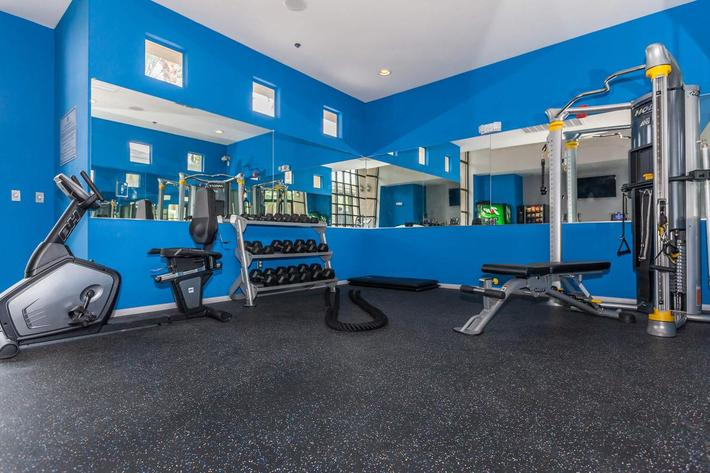 GET FIT AT ST. CLAIR APARTMENTS IN LAS VEGAS, NEVADA