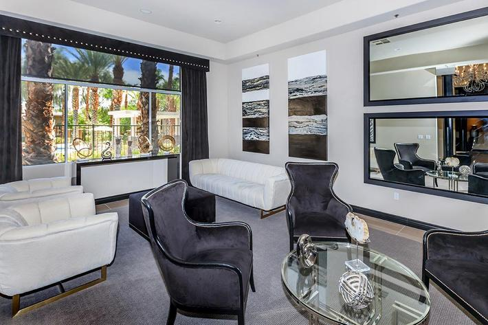 SOPHISTICATED LIVING AT ST. CLAIR APARTMENTS IN LAS VEGAS, NEVADA