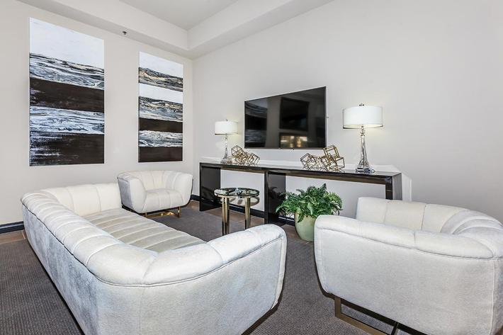 THE LOUNGE AT ST. CLAIR APARTMENTS IN LAS VEGAS, NEVADA