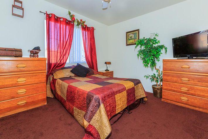 ELEGANT BEDROOM AT CHEYENNE POINTE IN LAS VEGAS, NEVADA