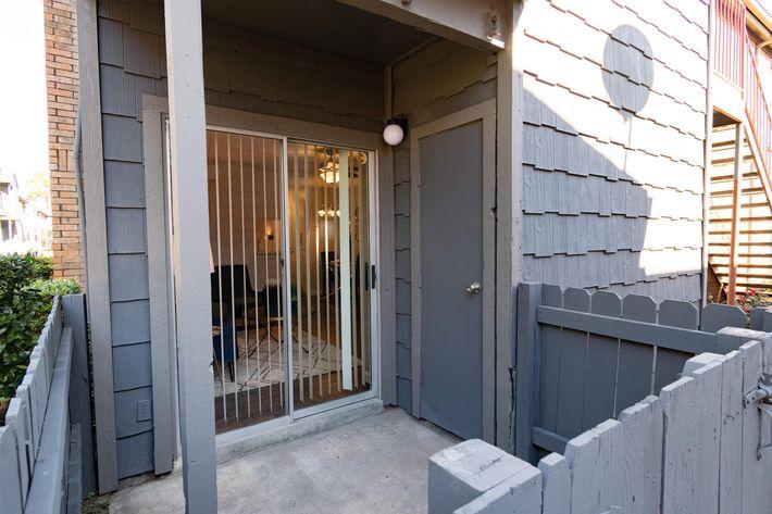 verandas apt-0388.jpg