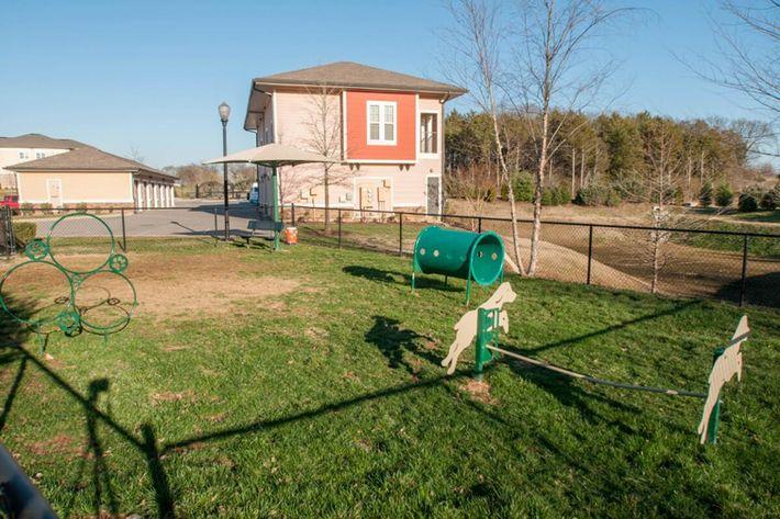 Panther Creek Parc Apartments in Murfreesboro, TN - Dog Park 01 (1024x680).jpg