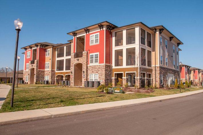 Panther Creek Parc Apartments in Murfreesboro, TN - Exterior 01 (1024x680).jpg