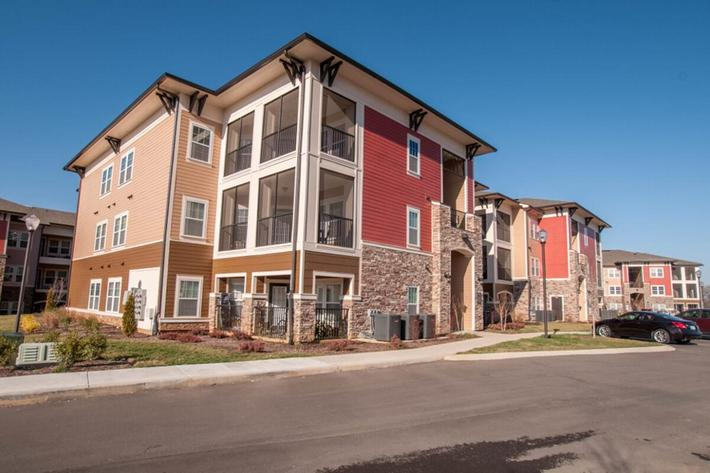 Panther Creek Parc Apartments in Murfreesboro, TN - Exterior 02 (1024x680).jpg