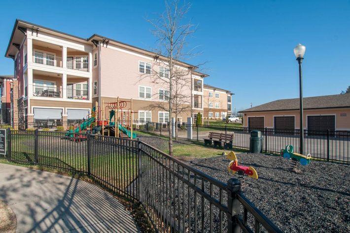 Panther Creek Parc Apartments in Murfreesboro, TN - Playground 01 (1024x680).jpg