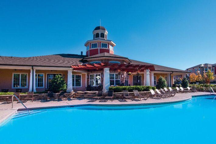 Panther Creek Parc Apartments in Murfreesboro, TN - Swimming Pool 01 (1024x644).jpg