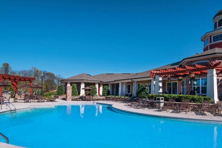 Panther Creek Parc Apartments in Murfreesboro, TN - Swimming Pool 02 (1024x598).jpg