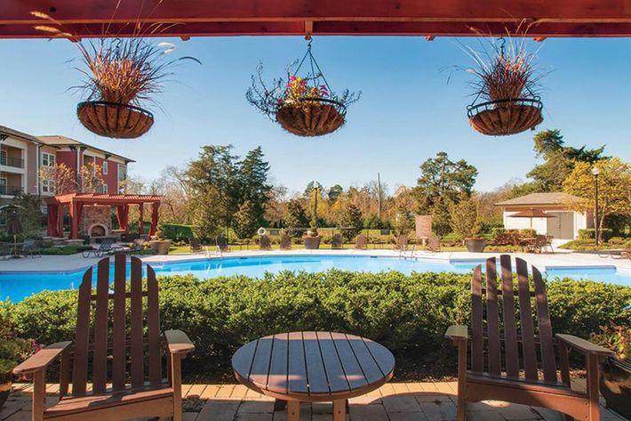 Panther Creek Parc Apartments in Murfreesboro, TN - Swimming Pool 03.JPG