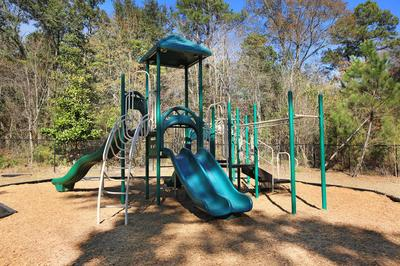 lexingtonparkapartmentschildrensplayarea.jpg