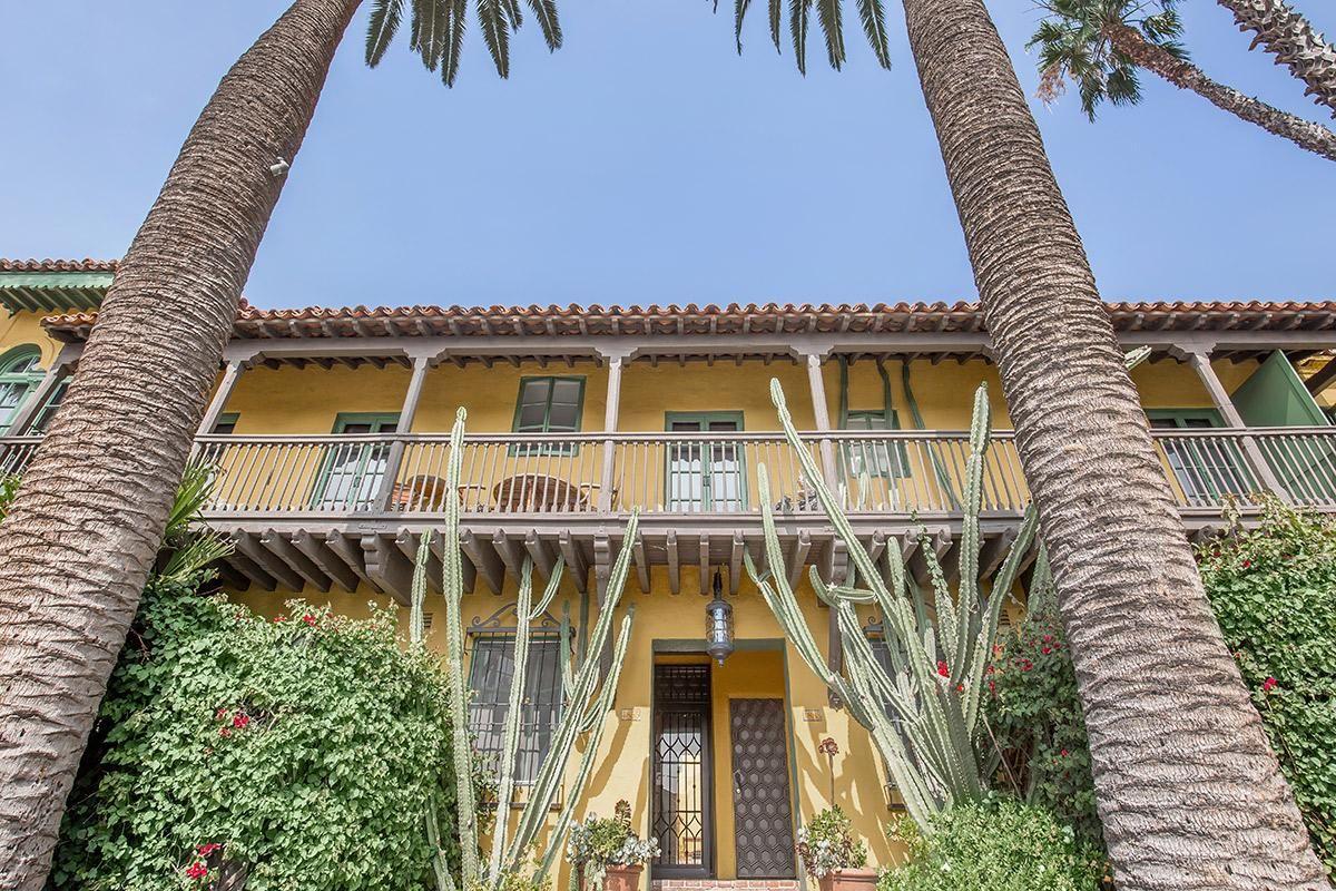 Handsome Exteriors at Casa Laguna in Los Angeles, CA