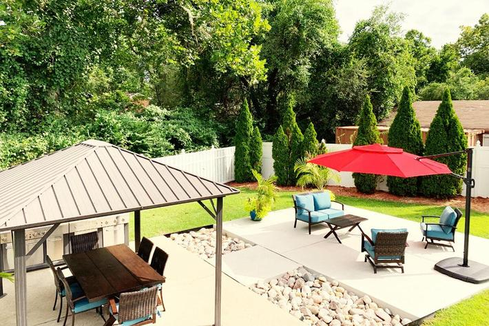 Orchard Village Apartments in Manchester, MO - BBQ Area.jpg
