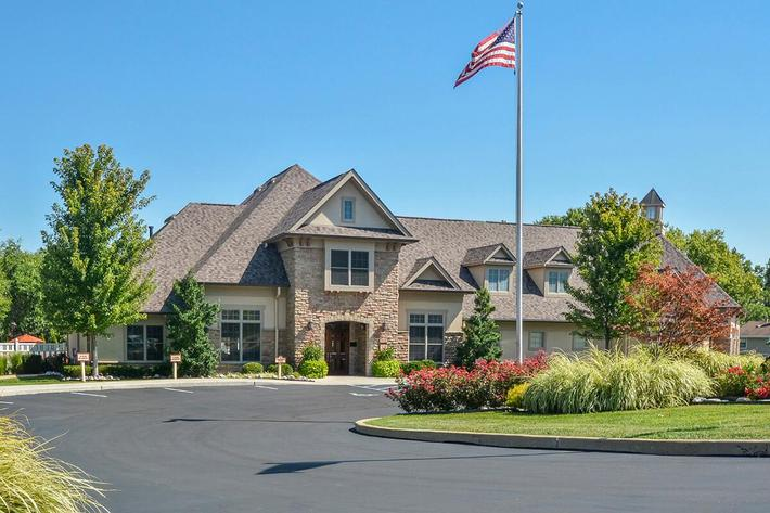 Orchard Village Apartments in Manchester, MO - Exterior 15.jpg