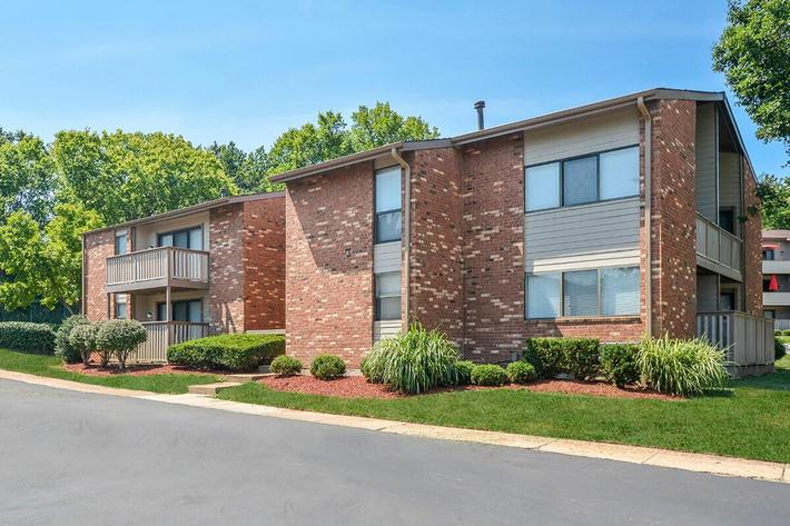 Orchard Village Apartments in Manchester, MO - Exterior 28.jpg