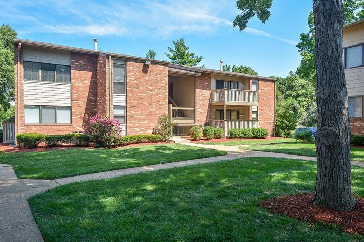 Orchard Village Apartments in Manchester, MO - Exterior 30.jpg