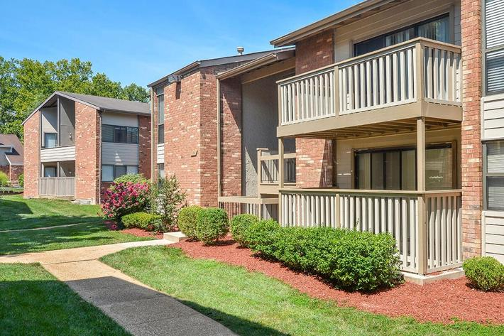 Orchard Village Apartments in Manchester, MO - Exterior 31.jpg