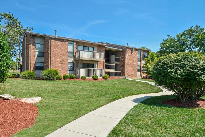 Orchard Village Apartments in Manchester, MO - Exterior 35.jpg