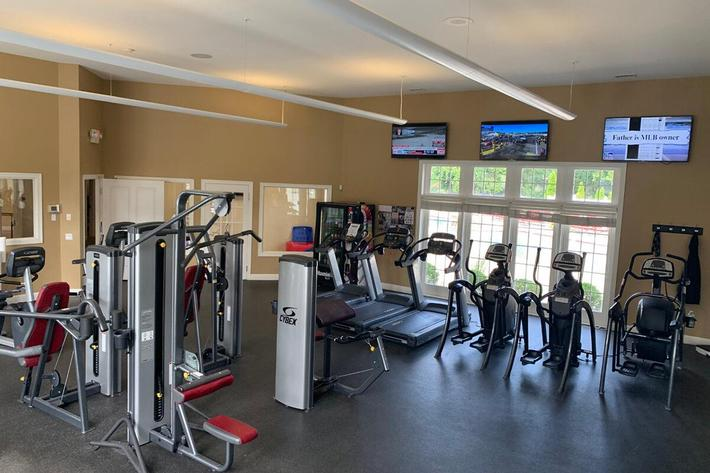 Orchard Village Apartments in Manchester, MO - Fitness Center.jpg