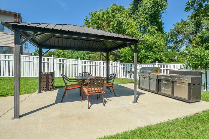 Orchard Village Apartments in Manchester, MO - Picnic Area 02.jpg