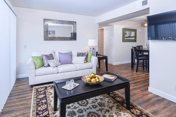 Orchard Village Apartments in Manchester, MO - Interior 26.jpg