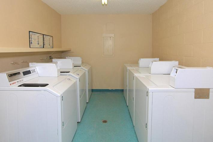 LAUNDRY FACILITY AT THE LANDING