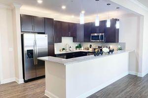 322-kitchen3.jpg