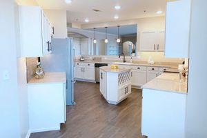 118-kitchen.jpg