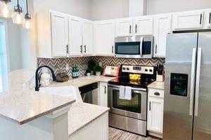 312-kitchen.jpg