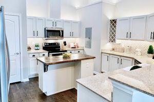 554-kitchen2.jpg